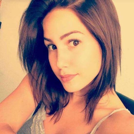 Angelina Heger Braune Haare