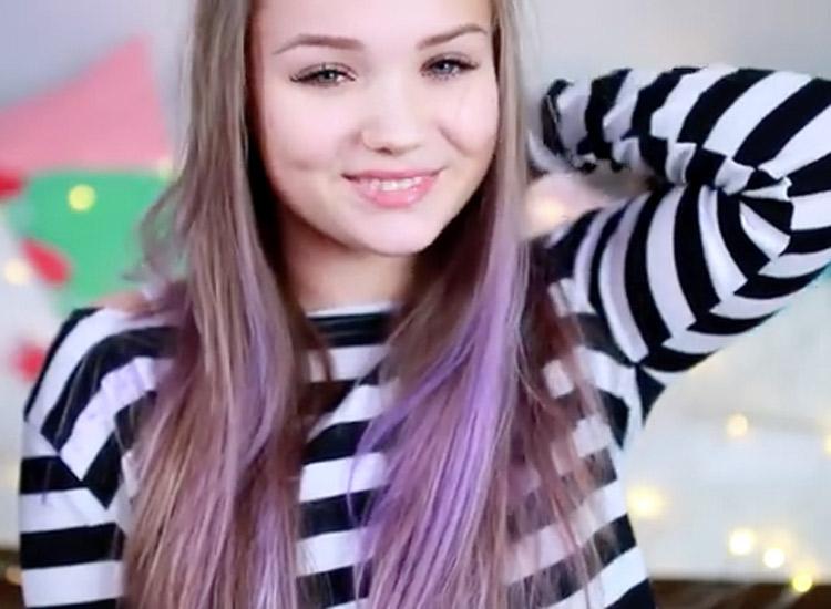 Julia Beautx lila Haare