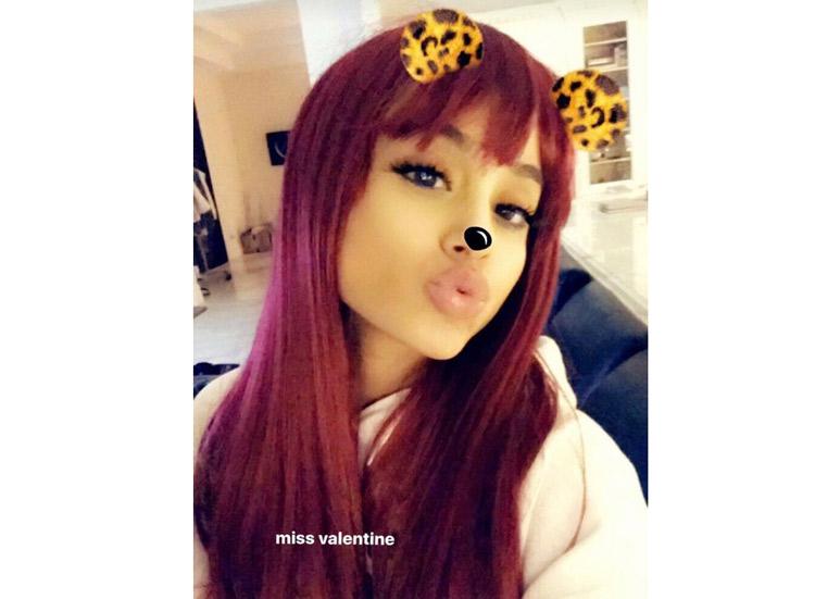 Ariana Grande Als Cat Valentine Wie In Sam U0026 Cat Und Victorious